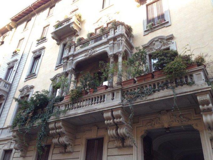 Via Saffi: elegante bilocale arredato
