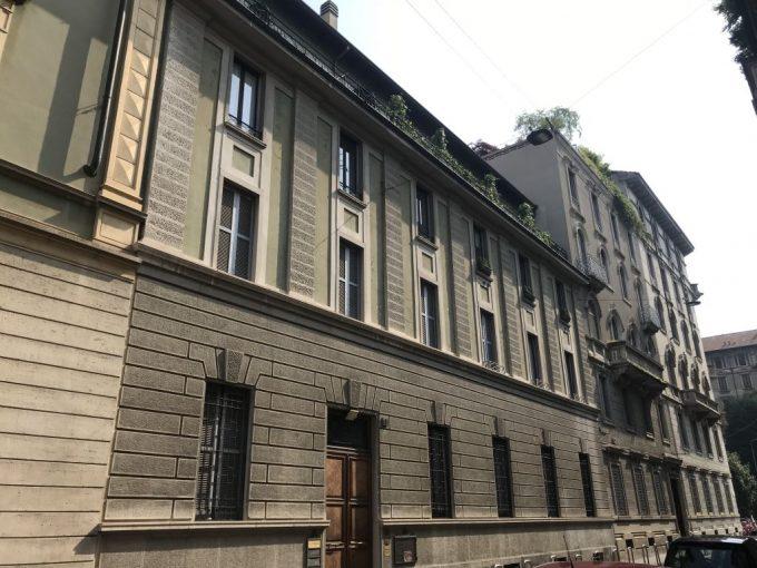 Monforte adiac. elegante abitazione in palazzo d'epoca