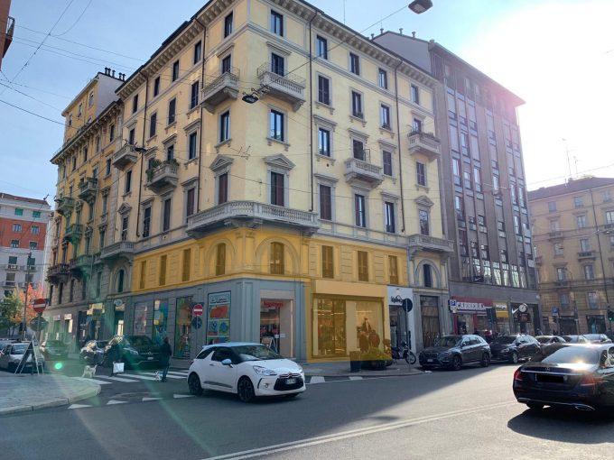 B.Aires: negozio con vetrine su strada ottima visibilità