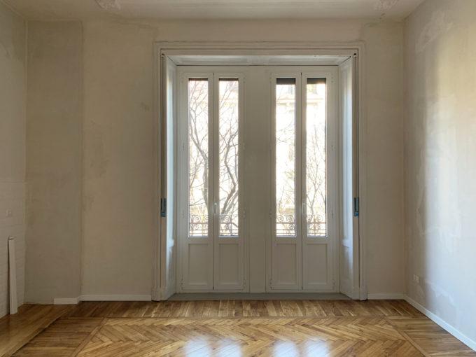 Indipendenza: spazioso bilocale con balconi