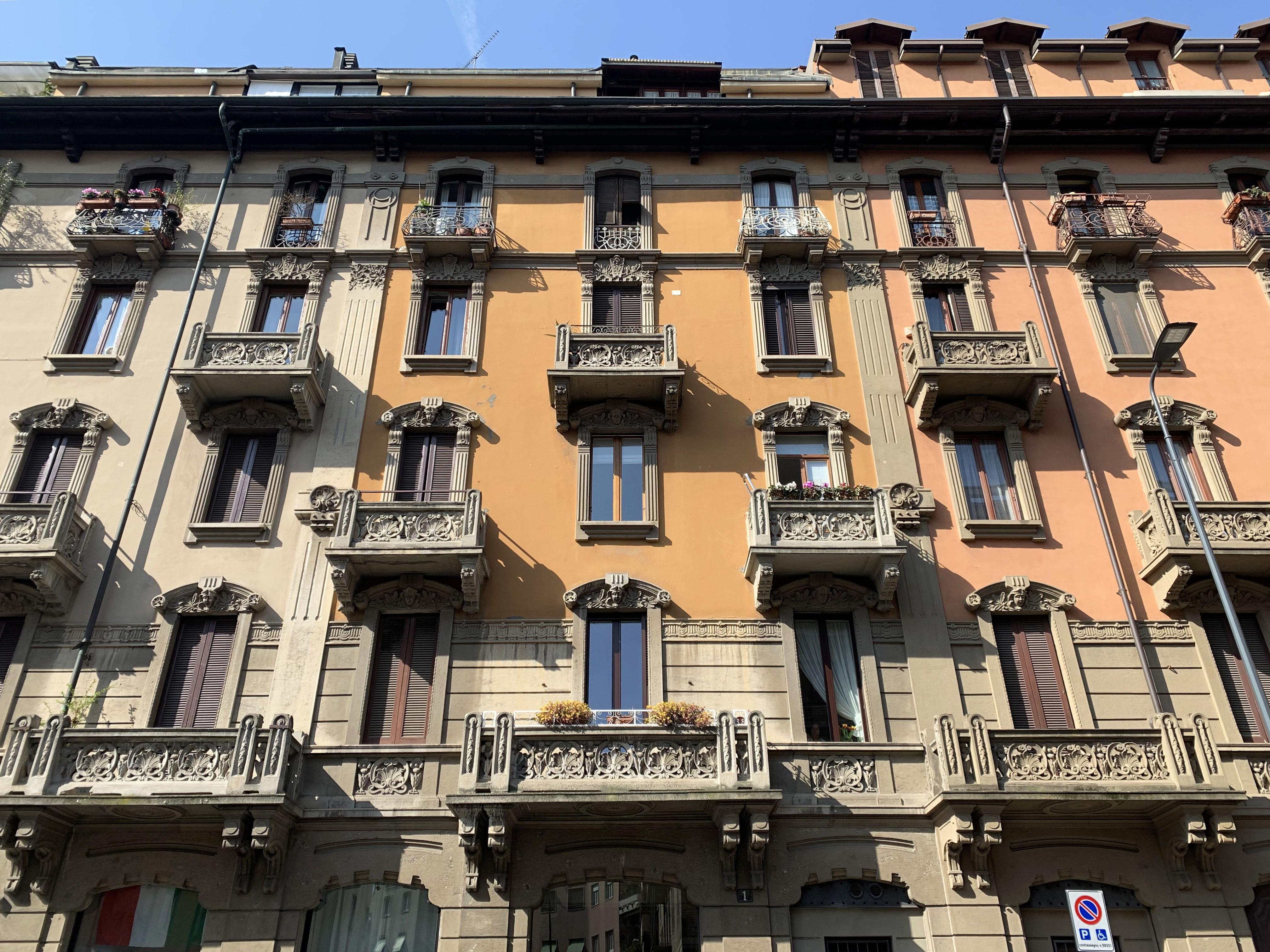 Gaffurio: trilocale con balcone in ottimo stato